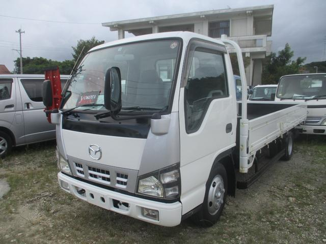 沖縄県の中古車ならタイタントラック ロング ヒラボディ