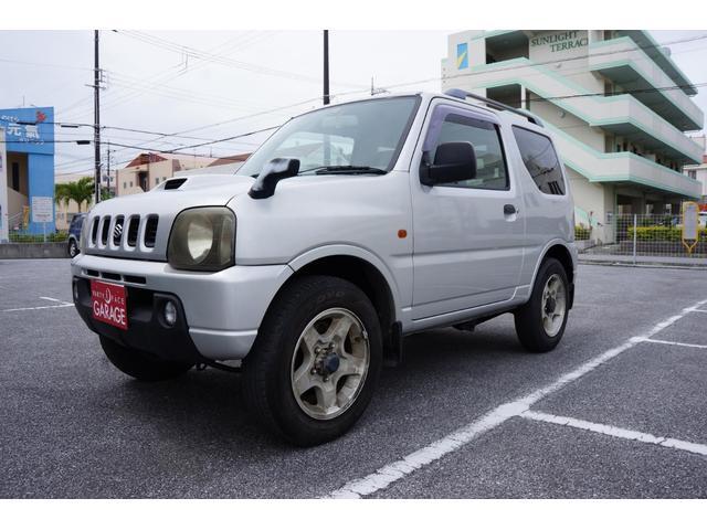 沖縄の中古車 スズキ ジムニー 車両価格 35万円 リ済別 平成11年 11.7万km シルバー