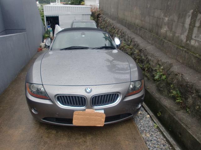 沖縄の中古車 BMW BMW Z4 車両価格 34万円 リ済込 2003年 12.8万km グレーM