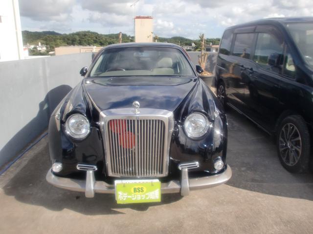 沖縄の中古車 ミツオカ ガリューII 車両価格 60万円 リ済込 平成12年 19.0万km ブラック