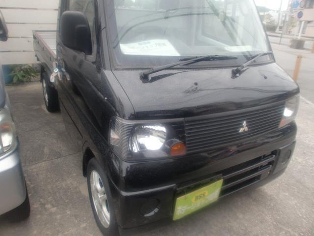 沖縄の中古車 三菱 ミニキャブトラック 車両価格 31万円 リ済込 平成18年 8.1万km ブラック