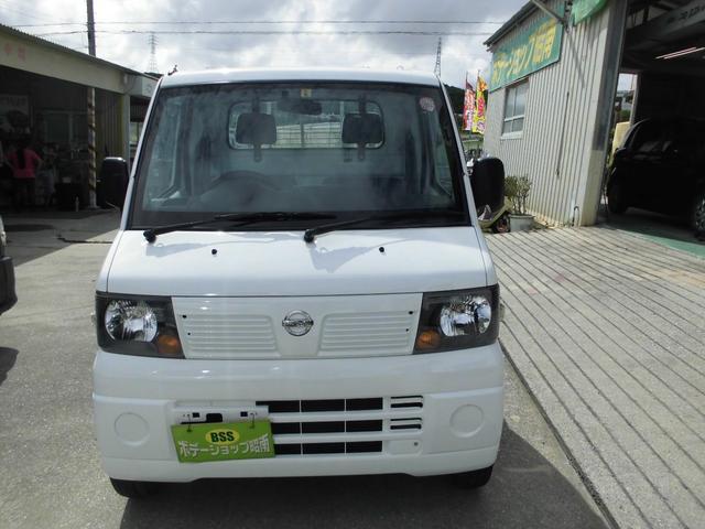 沖縄の中古車 日産 クリッパートラック 車両価格 31万円 リ済込 2012(平成24)年 12.2万km ホワイト