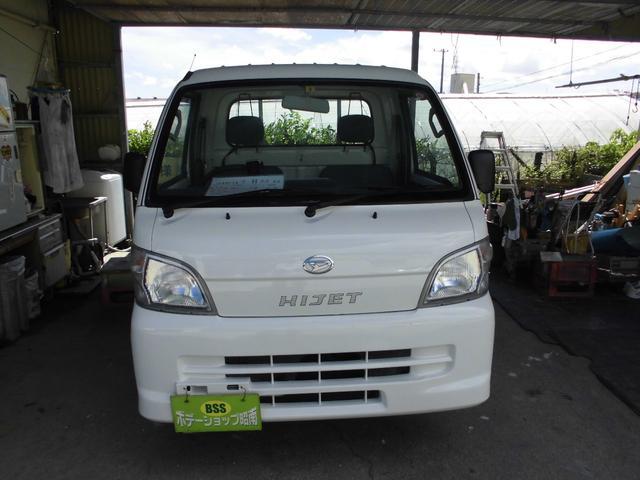 沖縄の中古車 ダイハツ ハイゼットトラック 車両価格 37万円 リ済込 2011(平成23)年 14.1万km ホワイト