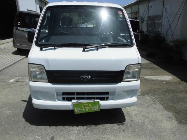 沖縄の中古車 スバル サンバートラック 車両価格 31万円 リ済込 2006(平成18)年 14.6万km ホワイト