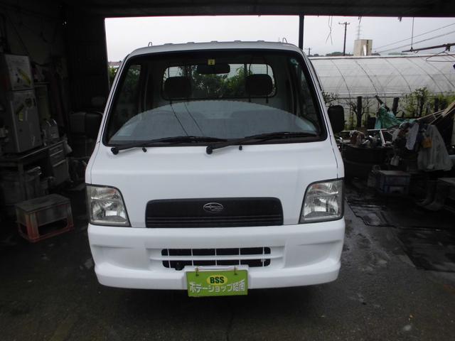 沖縄の中古車 スバル サンバートラック 車両価格 31万円 リ済込 2005(平成17)年 13.5万km ホワイト