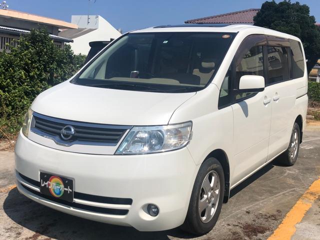 沖縄の中古車 日産 セレナ 車両価格 12.8万円 リ済別 2005(平成17)年 13.0万km ホワイト