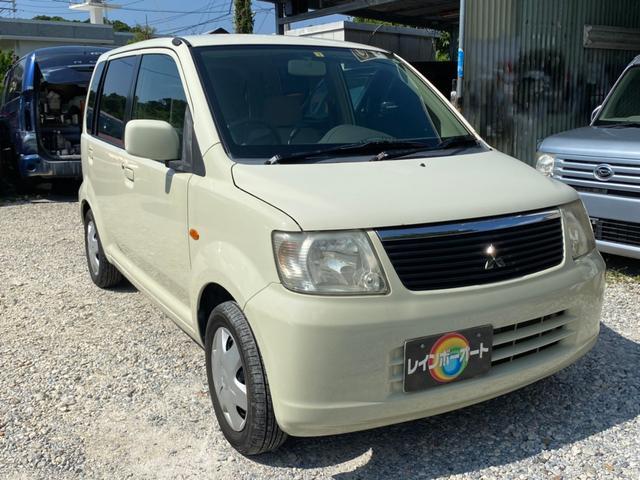 沖縄の中古車 三菱 eKワゴン 車両価格 11.8万円 リ済別 2006(平成18)年 12.0万km ベージュ