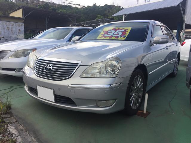 沖縄の中古車 トヨタ クラウンマジェスタ 車両価格 35万円 リ済込 平成16年 12.0万km シルバー