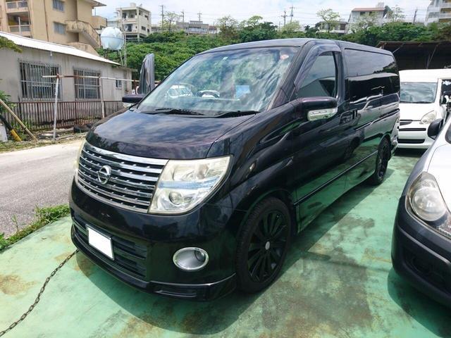 沖縄の中古車 日産 エルグランド 車両価格 53万円 リ済込 2006(平成18)年 14.9万km ブラック