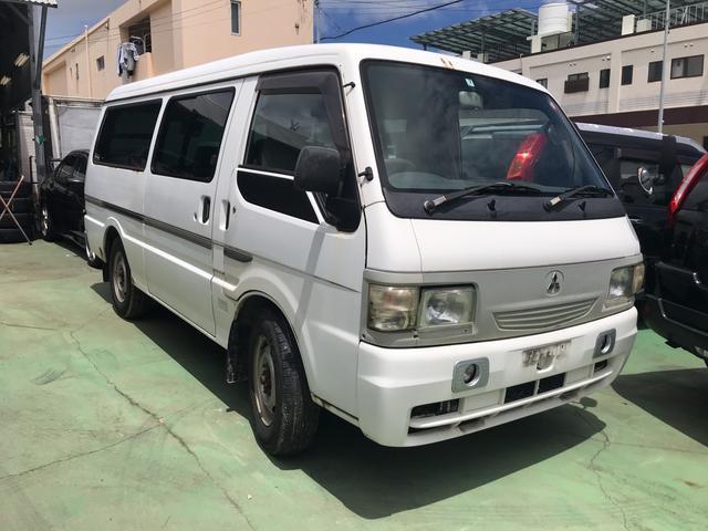 沖縄の中古車 三菱 デリカカーゴ 車両価格 45万円 リ済込 2003(平成15)年 15.7万km ホワイト