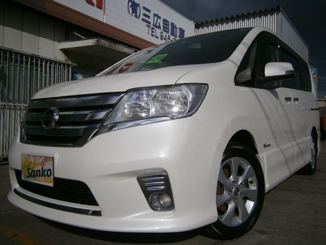 沖縄の中古車 日産 セレナ 車両価格 109万円 リ済込 2012(平成24)年 8.9万km パールホワイト