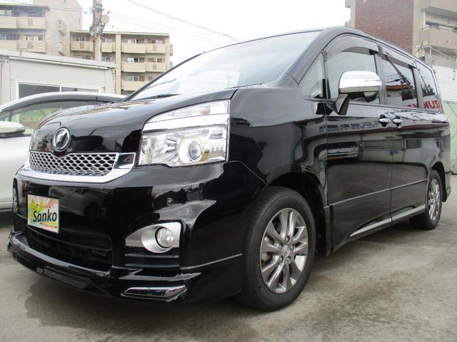 沖縄の中古車 トヨタ ヴォクシー 車両価格 109万円 リ済込 2013(平成25)年 9.1万km Dブラック