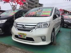 沖縄の中古車 日産 セレナ 車両価格 129万円 リ済込 平成25年 8.2万K パール