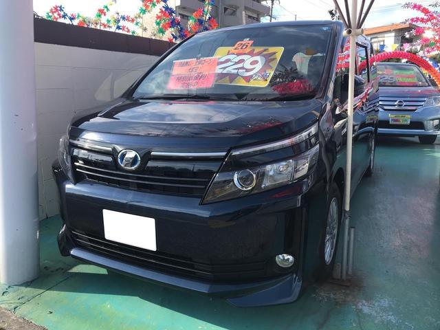 沖縄の中古車 トヨタ ヴォクシー 車両価格 219万円 リ済込 平成26年 8.3万km ダークブルーM
