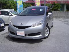 沖縄の中古車 トヨタ ウィッシュ 車両価格 69万円 リ済込 平成22年 6.5万K ライトグレーM