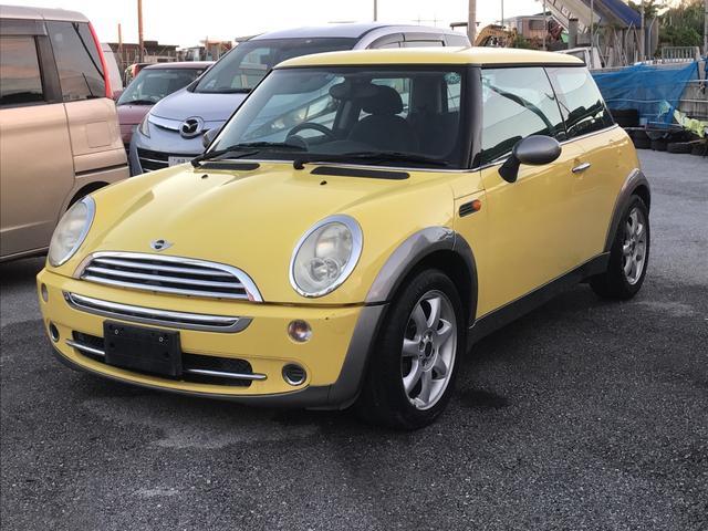 沖縄の中古車 MINI MINI 車両価格 39万円 リ済込 2004(平成16)年 10.5万km イエロー