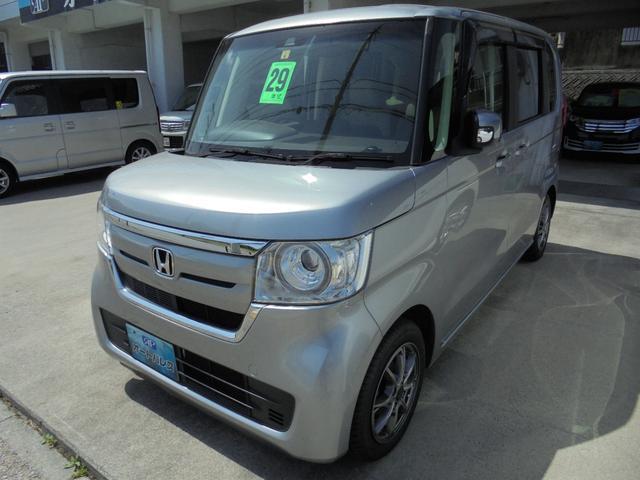 沖縄の中古車 ホンダ N-BOX 車両価格 103万円 リ済込 2017(平成29)年 6.8万km シルバーM