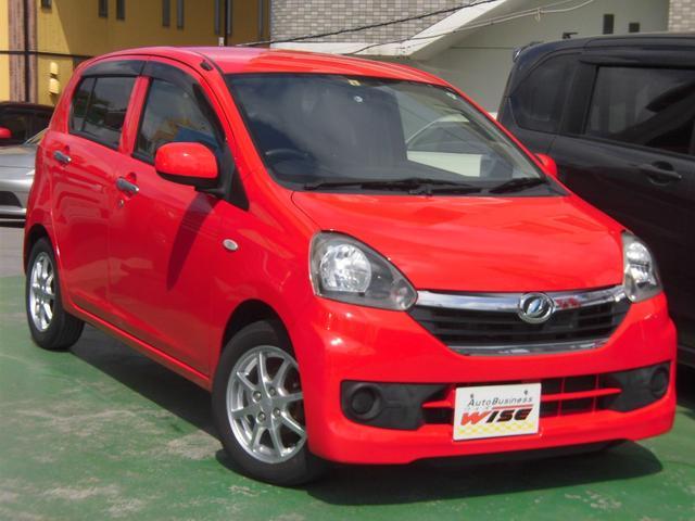 沖縄の中古車 ダイハツ ミライース 車両価格 35.9万円 リ済込 2014(平成26)年 9.1万km シャイニングレッド