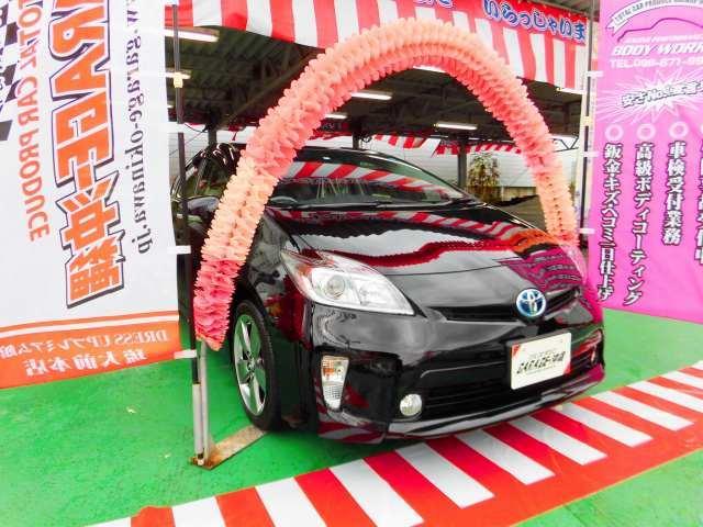 沖縄県の中古車ならプリウス 1.8 Type G  純正HDDナビ&フルセグ