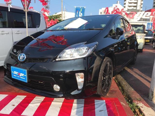 沖縄の中古車 トヨタ プリウス 車両価格 115万円 リ済込 平成25年 7.5万km ブラック