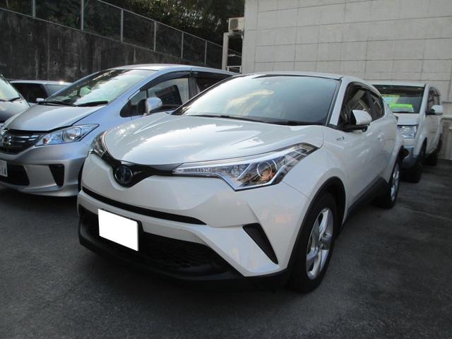沖縄の中古車 トヨタ C-HR 車両価格 239万円 リ済込 2017(平成29)年 2.6万km パール