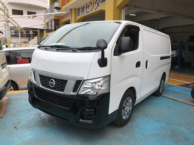 沖縄の中古車 日産 NV350キャラバンバン 車両価格 89万円 リ済別 2012(平成24)年 13.8万km シロ