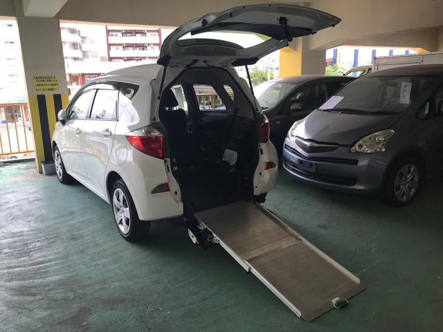 沖縄の中古車 トヨタ ラクティス 車両価格 55万円 リ済別 2011(平成23)年 9.5万km シロ