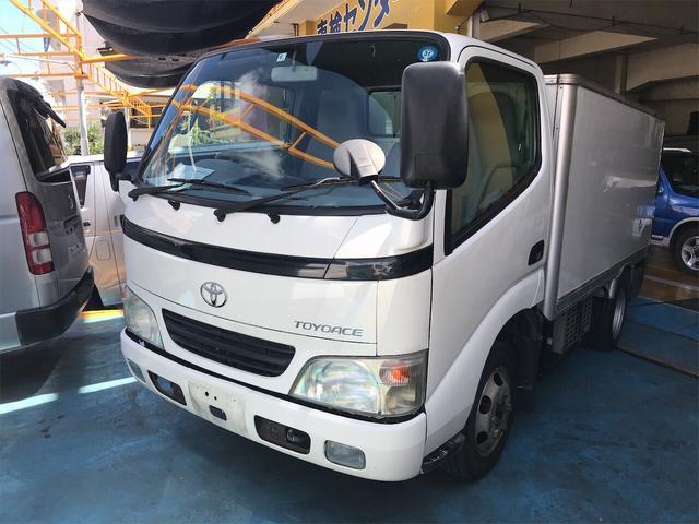 沖縄県の中古車ならトヨエース トラック 冷凍車 AC MT 修復歴無 3名乗り シロ PW