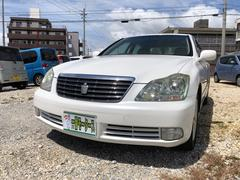 沖縄の中古車 トヨタ クラウン 車両価格 27万円 リ済込 平成16年 14.4万K パールホワイト