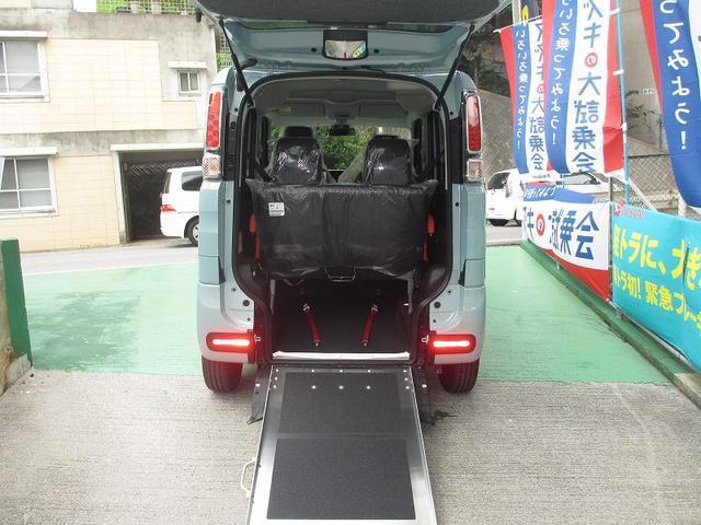 スズキ ハイブリッドX 車いす移動車 リヤシート付