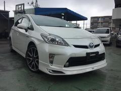 沖縄の中古車 トヨタ プリウス 車両価格 125万円 リ済込 平成25年 7.6万K パール