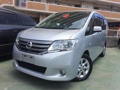 沖縄の中古車 日産 セレナ 車両価格 105万円 リ済込 平成25年 7.7万K シルバー