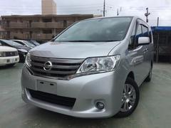 沖縄の中古車 日産 セレナ 車両価格 109万円 リ済込 平成25年 8.4万K シルバー