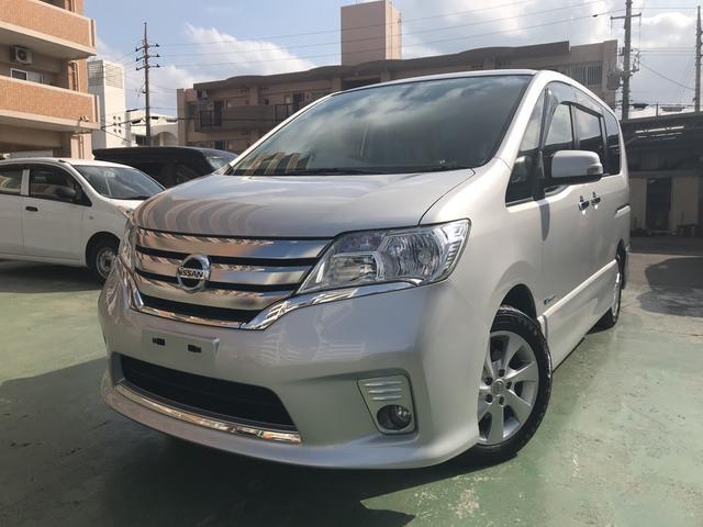 沖縄の中古車 日産 セレナ 車両価格 115万円 リ済込 平成25年 9.8万km シルバー