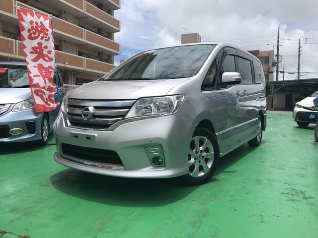 沖縄の中古車 日産 セレナ 車両価格 89万円 リ済込 2013(平成25)年 9.6万km シルバー
