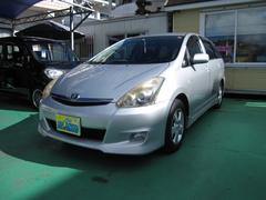 沖縄の中古車 トヨタ ウィッシュ 車両価格 27万円 リ済込 平成18年 13.4万K シルバーM