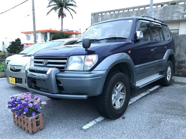 沖縄の中古車 トヨタ ランドクルーザープラド 車両価格 129万円 リ済込 1998(平成10)年 11.9万km ダークブルーII