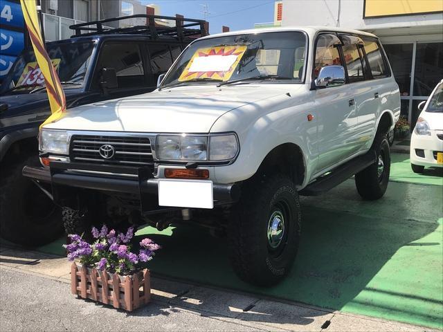 沖縄の中古車 トヨタ ランドクルーザー80 車両価格 179万円 リ済込 平成8年 21.0万km パールホワイト