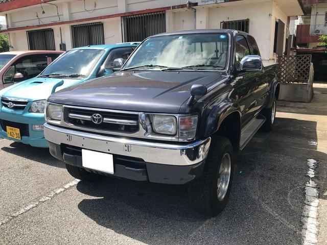 沖縄の中古車 トヨタ ハイラックススポーツピック 車両価格 149万円 リ済込 1998(平成10)年 19.9万km グレー