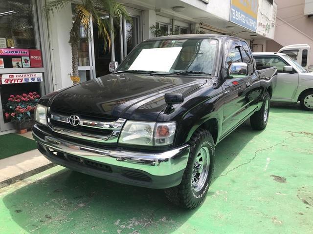 沖縄の中古車 トヨタ ハイラックススポーツピック 車両価格 129万円 リ済込 2002(平成14)年 16.4万km ブラック
