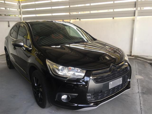 沖縄の中古車 シトロエン DS4 車両価格 95万円 リ済別 2013(平成25)年 5.0万km ブラック
