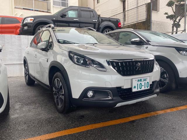 沖縄の中古車 プジョー 2008 車両価格 215万円 リ済別 2019(令和1)年 1.8万km パールホワイト