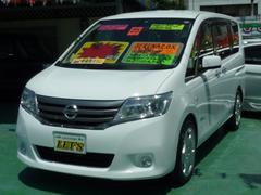 沖縄の中古車 日産 セレナ 車両価格 109万円 リ済別 平成25年 7.2万K ソリッドホワイト
