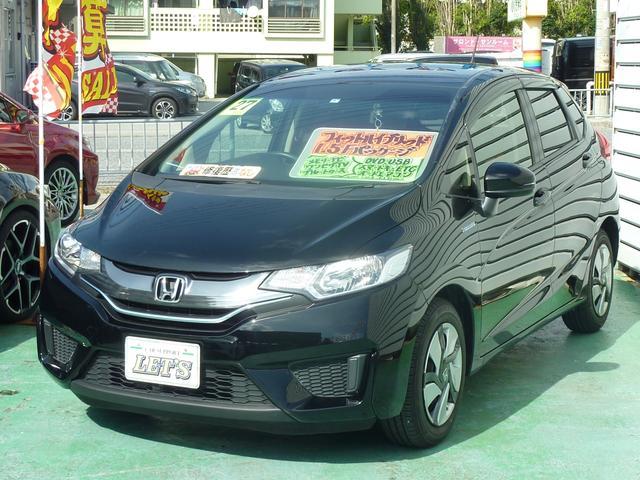 沖縄の中古車 ホンダ フィットハイブリッド 車両価格 89万円 リ済別 2015(平成27)年 6.1万km ブラック