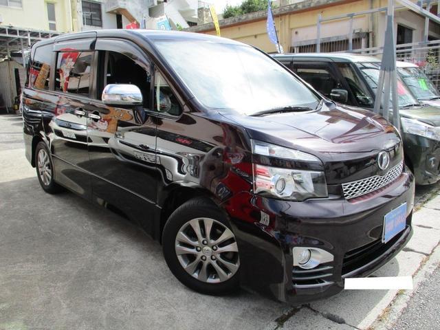 沖縄の中古車 トヨタ ヴォクシー 車両価格 79万円 リ済込 2011(平成23)年 14.3万km ダークパープルM