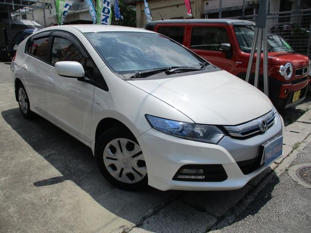 沖縄の中古車 ホンダ インサイト 車両価格 39万円 リ済込 2013(平成25)年 12.4万km パールホワイト