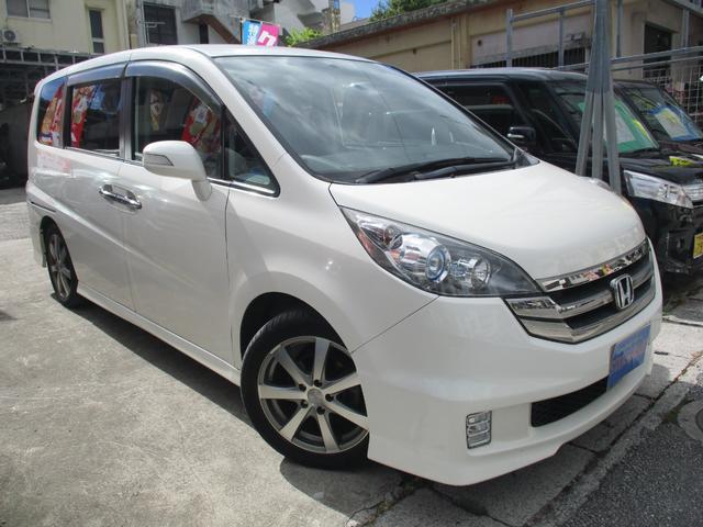 沖縄の中古車 ホンダ ステップワゴン 車両価格 59万円 リ済込 2009(平成21)後 8.9万km パールホワイト
