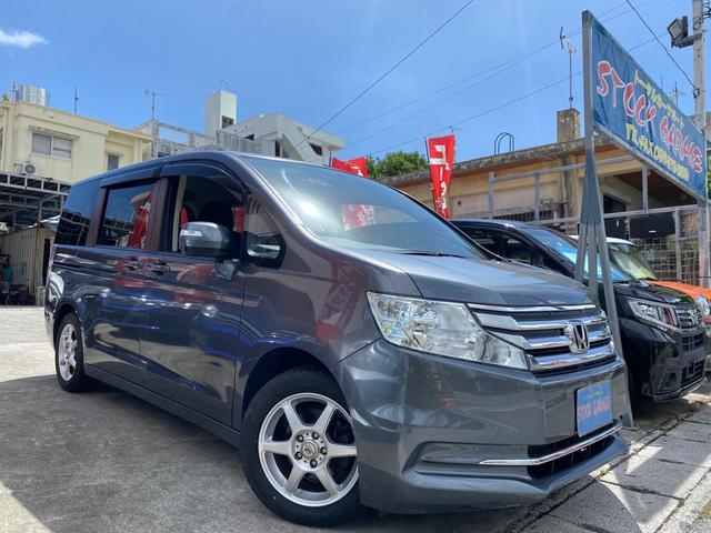 沖縄の中古車 ホンダ ステップワゴン 車両価格 85万円 リ済別 2013(平成25)年 5.9万km ダークグレーM