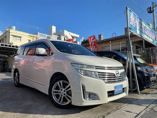 沖縄の中古車 日産 エルグランド 車両価格 129万円 リ済別 2012(平成24)年 7.4万km パールホワイト
