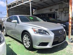 沖縄の中古車 レクサス LS 車両価格 237万円 リ済込 平成24後 9.2万K グレー